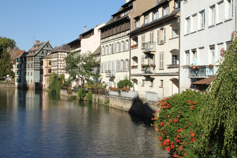 canal-houses_Strasbourg_France_UNCORRECTED